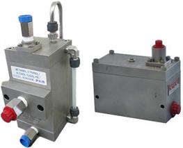 リターン燃料処理タンク気泡除去器